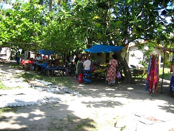 Shell market on Yanuya Island